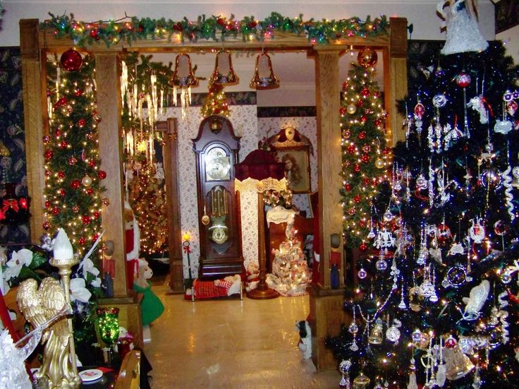 Homes Decorated For Christmas On The Inside 156 best christmas decorations images on pinterest | christmas