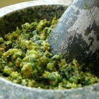 Pesto à l'ail des ours »