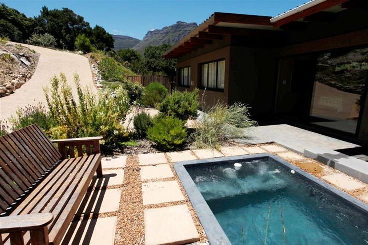 Shifting Sands Lodge in Hout Bay