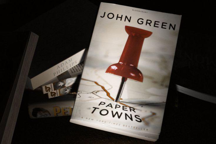 """""""Gândurile mele sunt stele pe care nu le pot aduna în constelații."""" (John Green)"""