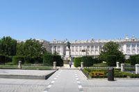Plaza de Oriente, Madrid Free place to visit