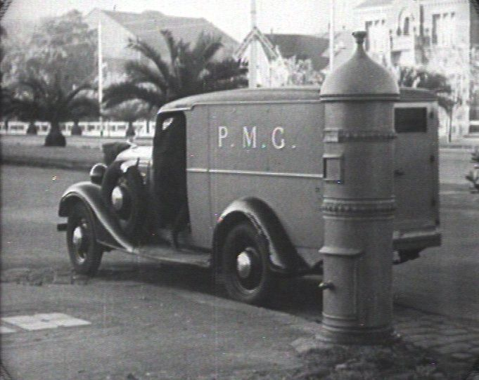 This clip shows a selection of stills and archival footage to give a summarised history of the postal service in New South Wales.  Learn more here: http://auspo.st/1C0gYkJ