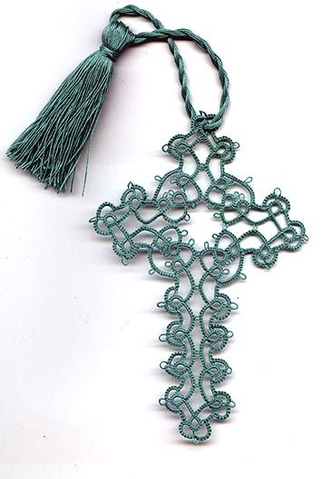 tatting | This was one of my firstlarger tatting projects.