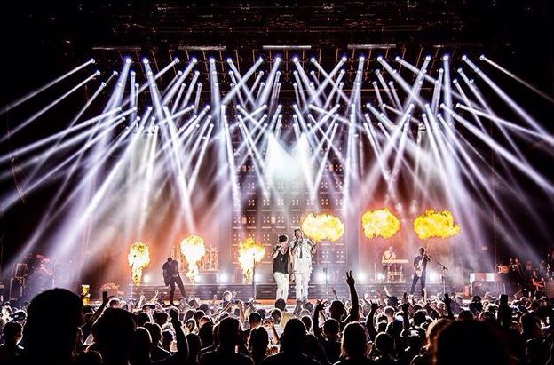 Bigger, louder, brighter! Dig Your Roots Tour FGL - Albuquerque NM September 2016