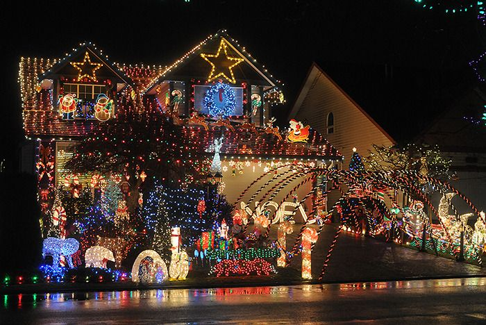The Leader's annual list of homes decorated for Christmas is here (with map).