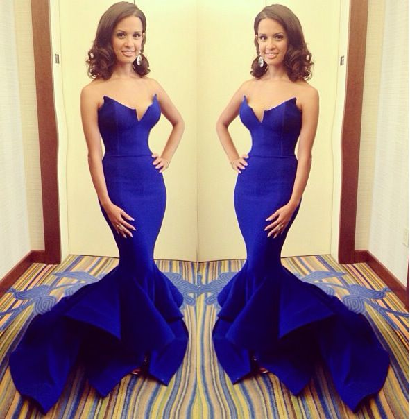 I'm in love with this dress! Marine ball dress