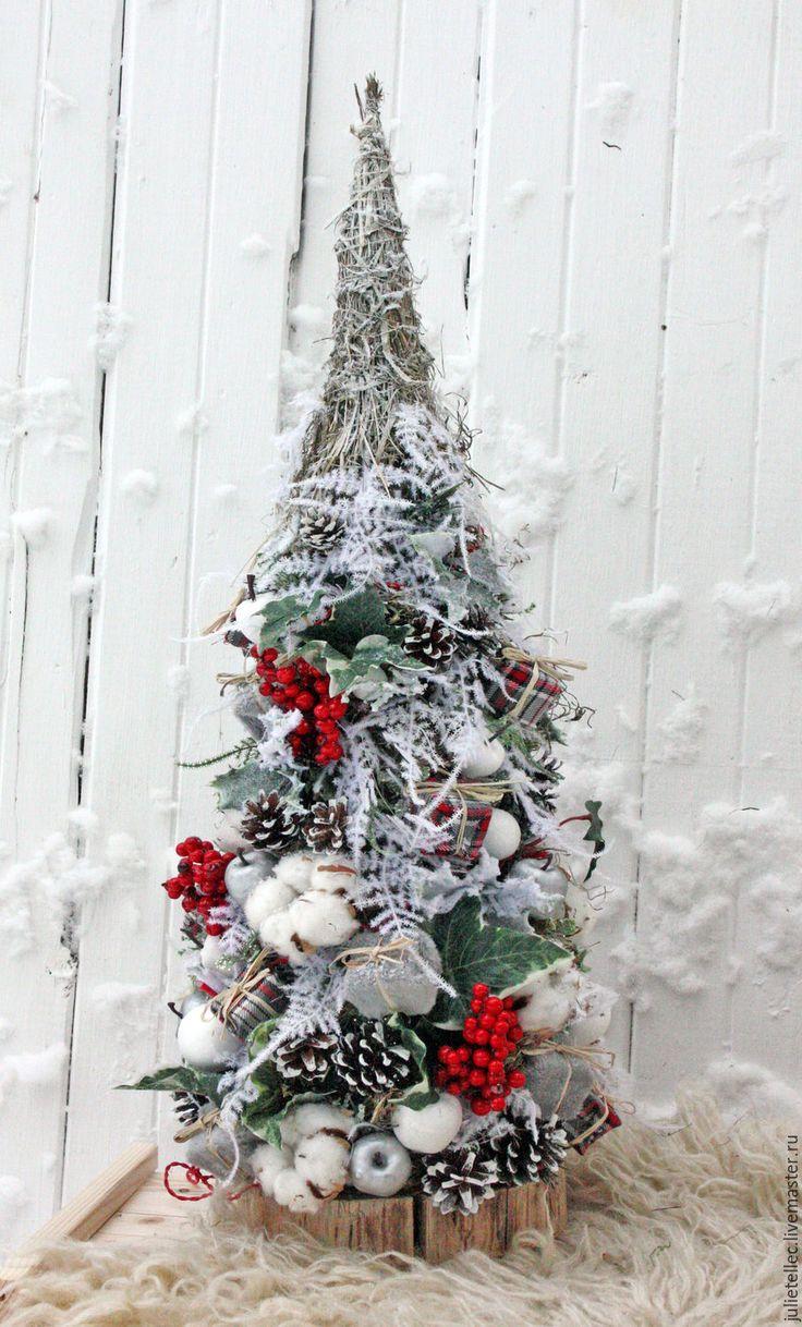 Купить Елочка Снегирь - зеленый, зеленая ель, настольная елка, зимняя композиция, НАСТОЛЬНАЯ КОМПОЗИЦИЯ