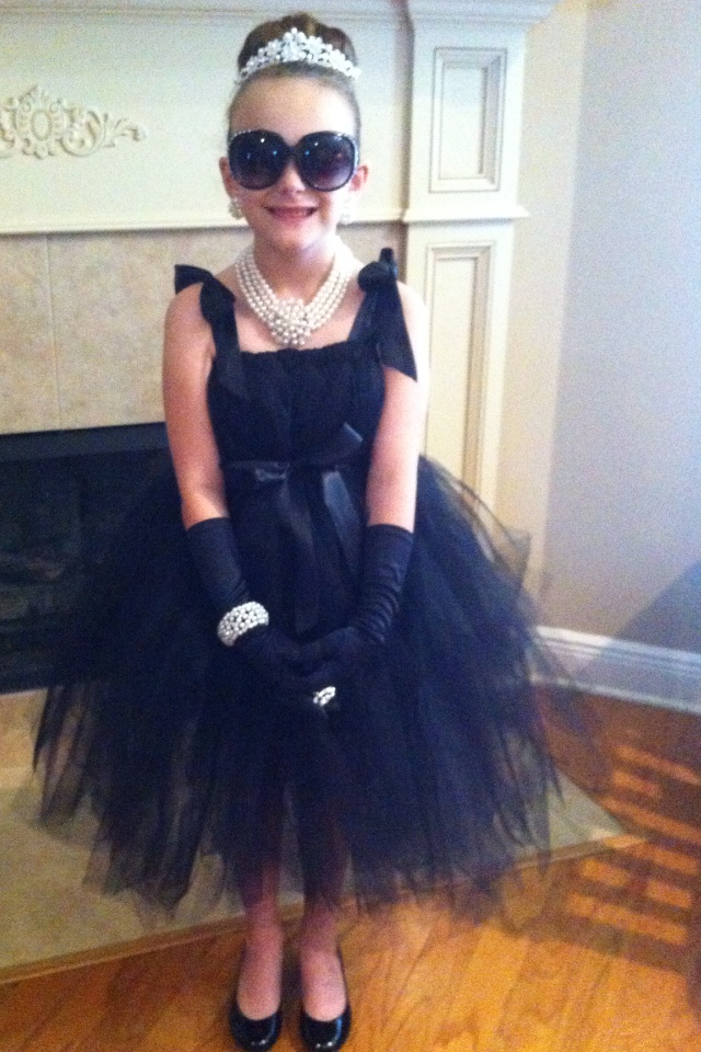 Ambrie's halloween costume this year! she would be dead on!