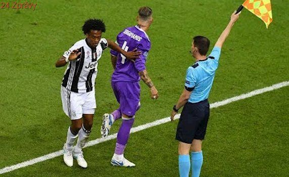 WATCH AGAIN, DID SERGIO RAMOS CHEAT FOR JUAN CUADRADO RED CARD ?