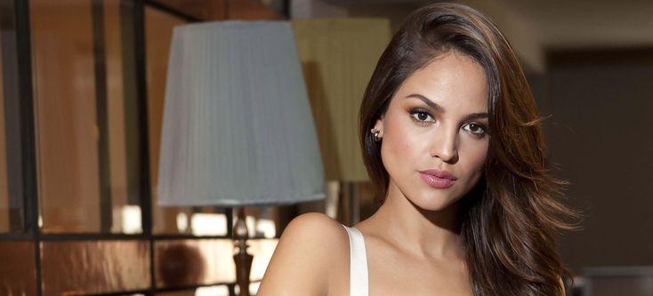 famosos: Mhoni Vidente hace predicción sobre Eiza González | Actualidad | LOS40 México