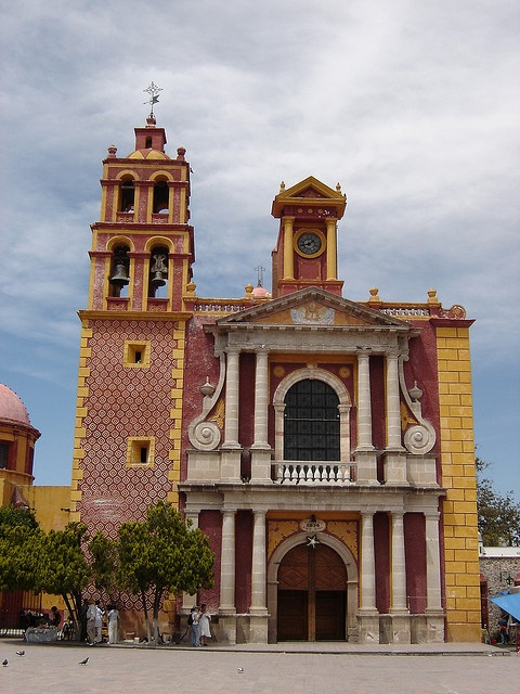 Mexico is a beautiful country... This Church is in Tequisquiapan, Querétaro, MEXICO