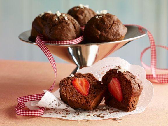Schoko-Erdbeermuffins ist ein Rezept mit frischen Zutaten aus der Kategorie Muffins. Probieren Sie dieses und weitere Rezepte von EAT SMARTER!
