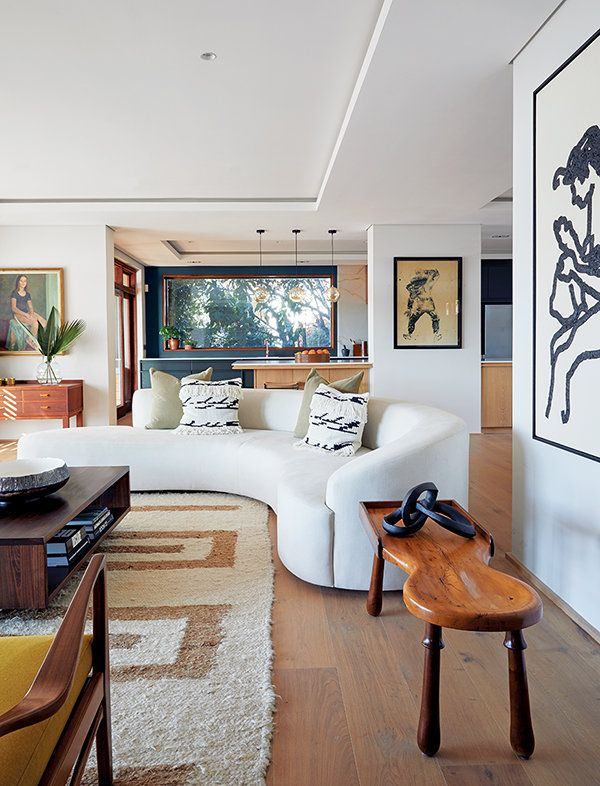 A 70s Style Abode At The Base Of Table Mountain In Cape Town Gets A