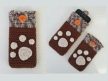 Smartphone Cosy with Paw Print Applique Crochet Pattern