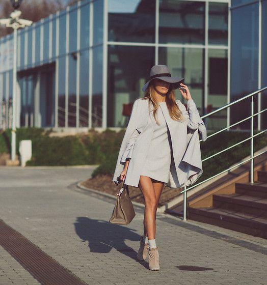 La Mania Dress, La Mania Cape, Topshop Shoes, Hermës Bag