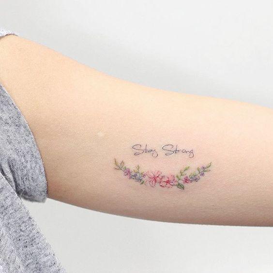 Inspire-se nestas tatuagens para fazer algo delicado e colorido.
