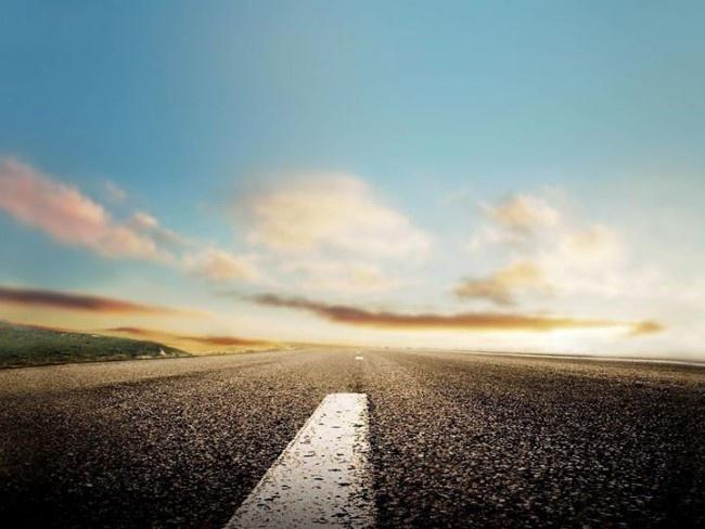 Si dos personas están destinadas a estar juntas, se encontrarán al final del camino aún tras mil tropiezos.