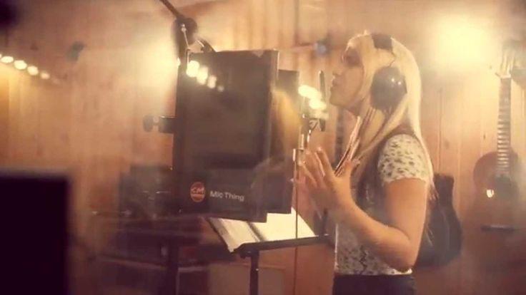Pride Ung-låt 2014 - Ghost Flower med Rebecka Karlsson