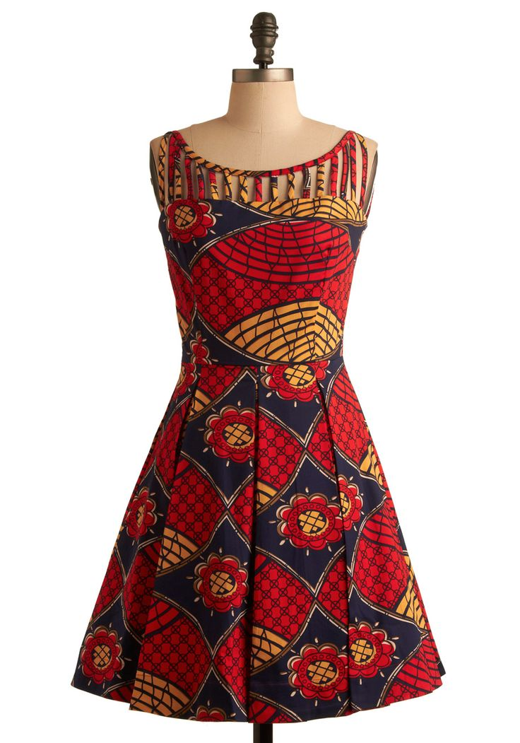 Like the last dress, I would probably need leggings under this one.  Either way, I really like this bold pattern and the color combo.