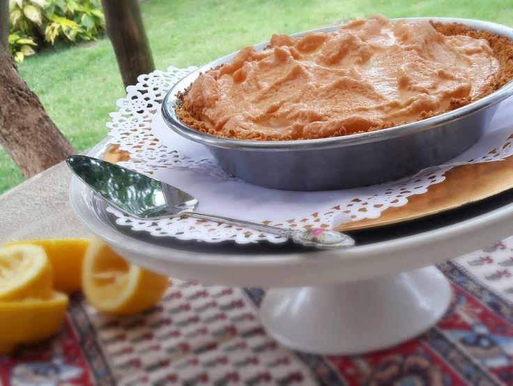 Lemon Meringue pie, dessert recipe | Stuffed Feeling, food blog