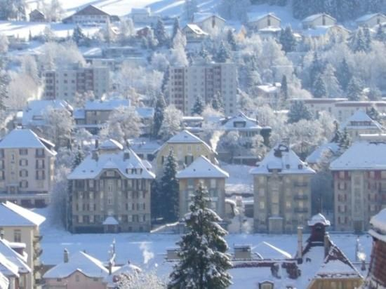La Chaux de-Fonds, in the canton of Neuchatel, in Switzerland is famous for the watch industry. It is now declared as a world heritage city. Our Swiss base was in Le Locle, the next village in the valley. Winters can be severe in these places.