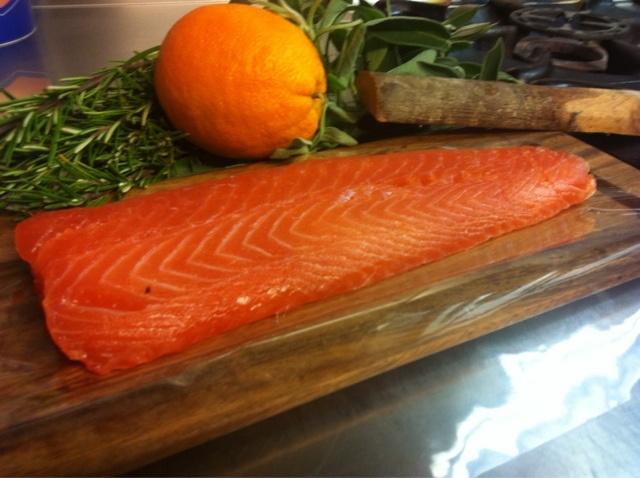 Giappone in cucina: Oggi affumichiamo il salmone con le chips di sakura!!!