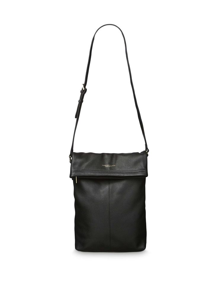 ALBERICA bag-Women's shoulder bag in soft, medium grained leather. Adjustable shoulder strap.Folded top with zip closure. Zip pocket at back. Interior: one zip pocket; three open pockets. Cotton lining. Size: 26 x 47 cm (without fold)