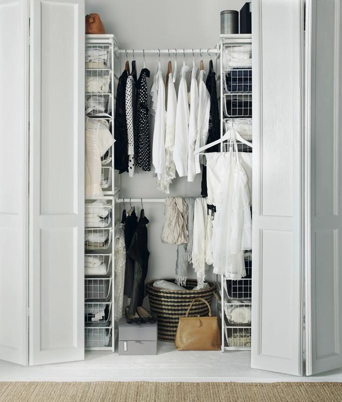 깔끔한 제품들로 구성된 아름다운 이케아 드레스룸 정말 반해버리지 않을 수가 없습니다. 나만의 이케아 드레스룸을 만들고 싶은 분들을 위해 이케아의 추천 상품과 그 사용법 및 팁을 소개합니다. 아울러 옷장의 아름다운 코디의 사례도 같이 알려드릴게요. 누구나 쉽게 따라 할 수 있답니다. IKEA 아이템이 수납에 적합 이유 이케아 드레스룸! 어떻게?  사진처럼 아름다운 이케아 드레스룸을 만들고 싶은 사람은 많을 것입니다..