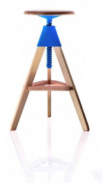 Jetzt bei Desigano.com Tom - Hocker Sitzmöbel, Hocker von Magis ab Euro 417,00 € Drehbarer Hocker, höhenverstellbar.Gestell aus massiver Buche naturfarben, Verbindungsgelement und Schraube aus Polypropylen.Abmessungen in cm:- Breite: 51,0- Tiefe: 45,0- Höhe: 70,0 - 86,0- Durchmesser Sitzfläche 34,0Farben:- orange 1086 C- hellblau 1256 C- weiss 1735 C- schwarz 1754 C Produkte dieses Herstellers sind von den 5 % Sonderrabatt ab € 2.000,- ausgenommen.