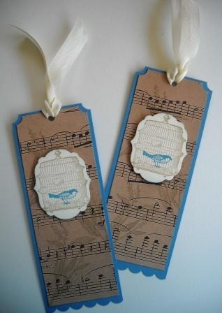 bookmark...with old book page rather than music sheets. Bookmarks - Marcapáginas - Puntos de libro