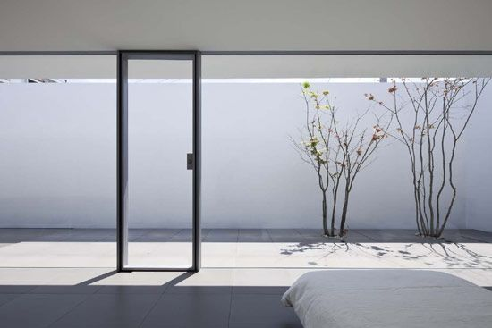 beautiful minimalist house — Design thinking particles