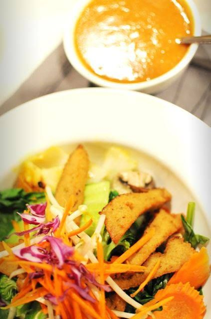 Getting hungry for some fantastic vegan Thai food? We know we are! #veganrestaurantreviews #thaifood