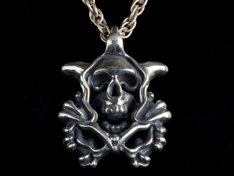 A double sided skull orchid gothic jewelry pendant in silver antique.#gothic jewelry#gotihc#skull#orchid#biker#rocker#MensJewelry