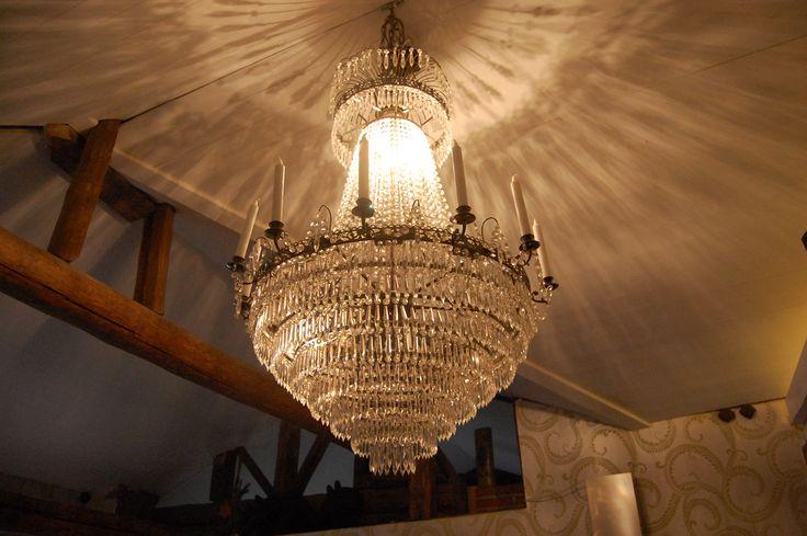 X-mas time in Loviisa, Finland. House Vackerbacka's great chandelier :) Photo Johanna Blåfield.