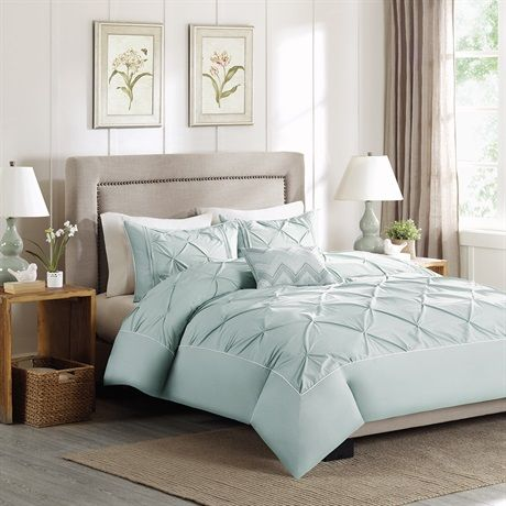 Update your space with the simple yet stylish Celine Duvet Cover Set. Made from 180 thread count cotton percale, this neutral duvet cover and shams features tufting across the top of bed with a solid border for a finished look. This collection comes in white, grey, blue and taupe.