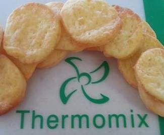Recipe 4 Ingredient Cheese Crackers by MTR My Thermie Rules - Recipe of category Baking - savoury