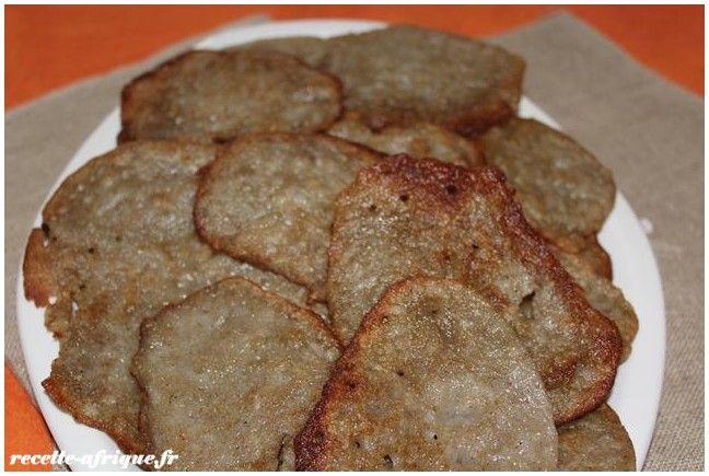 Ma recette de beignets ivoirien à base de riz et de farine de mil. Le gnomi.  le gnomi est une petite crêpe épaisse qui ressemble aux blin...