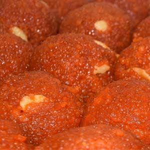 ghee laddu from chekkalai bakery Karaikudi Tamil Nadu