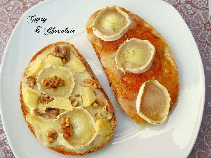 Tostas variadas - 1ª Parte Tosta con rulo de cabra sobre mermelada de naranja agria Tosta con rulo de cabra y nueces