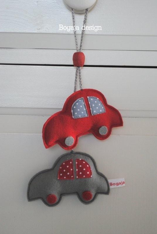 kasthanger auto grijs / rood | Jongens hangers | Bogaja design