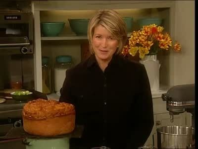 Martha Stewart and guests share the history and recipe for Paska, a Ukrainian Easter Bread.