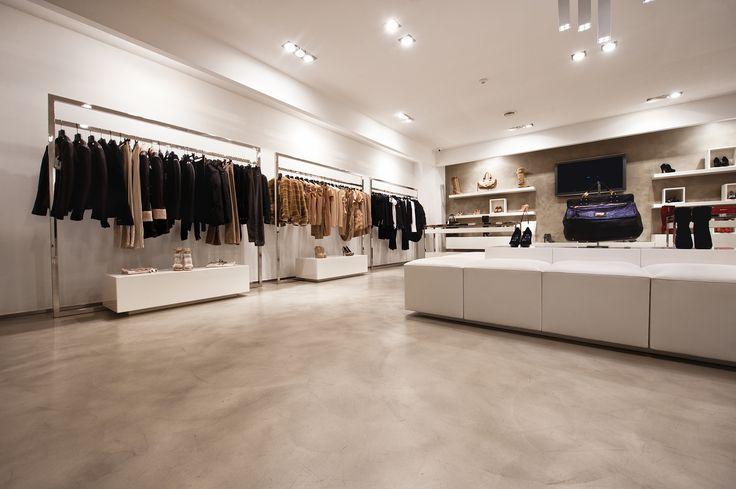 pavimento in resina negozio a Prato