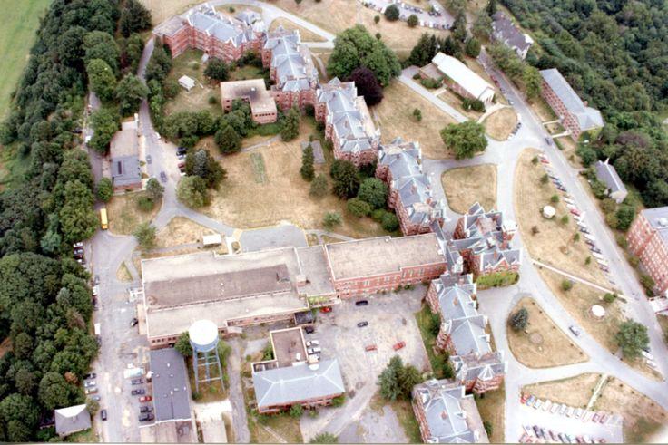 Danvers state hospital new - Pin By Jo Ellen O A On Place Pinterest