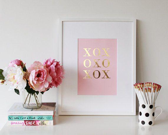 Xoxo print - Girlboss Gossip Girl                                                                                                                                                                                 More