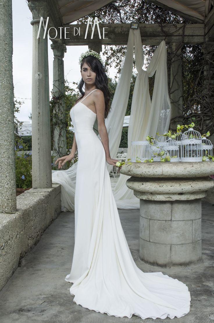 NotediMe collection 2016, Beauty of Nature In the pics Dea Iside, Morena Mampieri #morenamampieri #beautyofnature #notedime #abitidasposa #weddingdress #madeinitaly