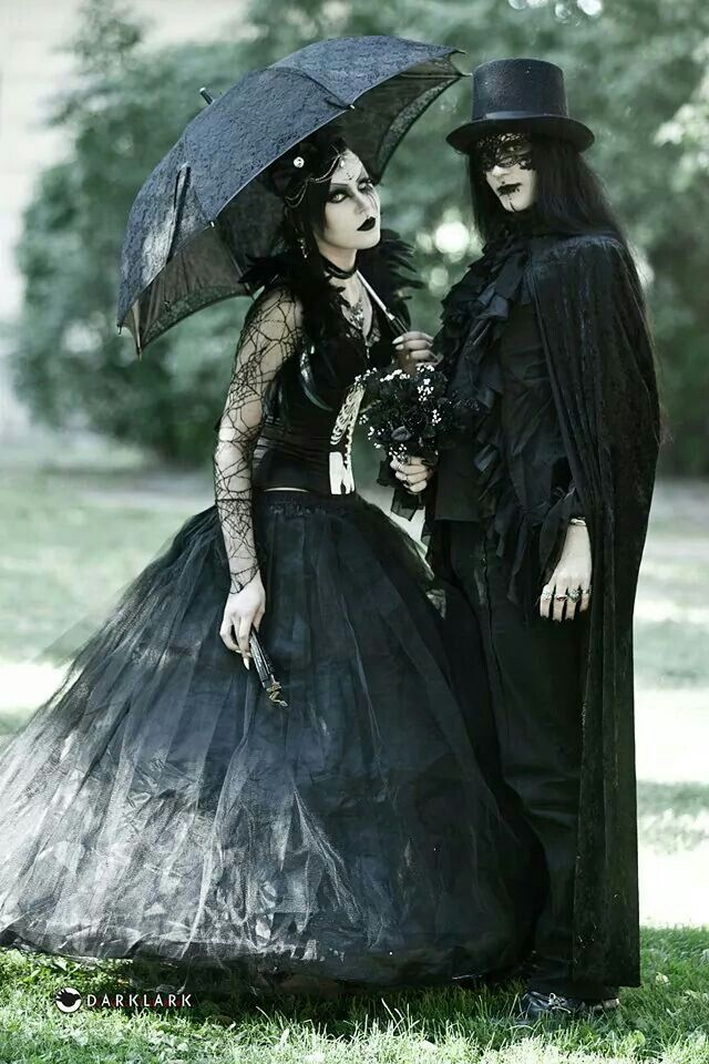 1424 Best Images About Gothic Welcome To The Dark Side On Pinterest Gothic Wedding Goth