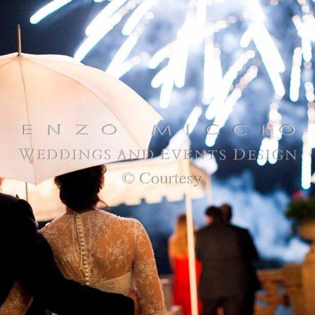 #EnzoMiccio Enzo Miccio: Che sia d'estate o di inverno, soleggiato o piovoso, quello che conta è che il giorno del vostro matrimonio sia unico e speciale! Un abbraccio ENZO #enzomiccio #enzomicciostyle #wedding #weddingday #weddingplanner #weddingdesign #weddingphotography #love