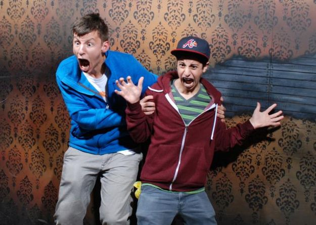 The 44 Best Pictures Of Scared Bros At A Haunted House Of 2013---I laughed for way too long at these