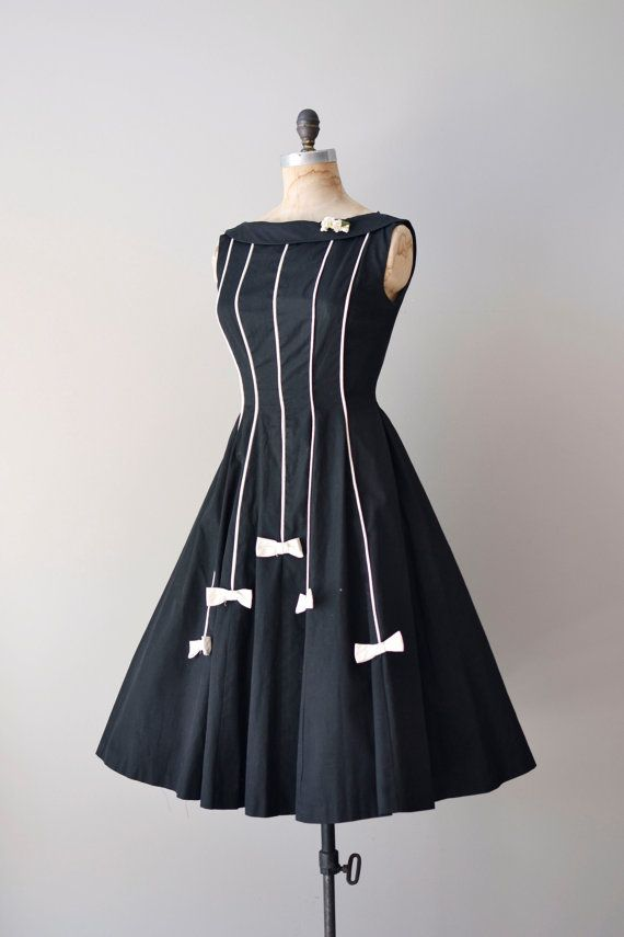 vintage 1950s White tie dress #dress #1950s #partydress #vintage #frock #retro #teadress #petticoat #romantic #feminine #fashion
