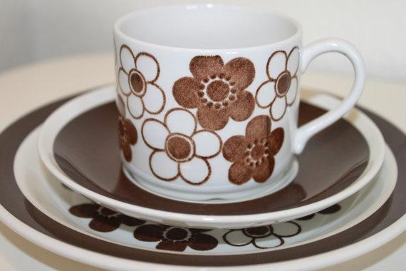 Anemon rorstrand (Rörstrand) coffee cup, saucer, plate. Nice set. mid century marianne westman. via Etsy